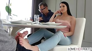 LoveHerFeet - Downcast Coloured Haired Latina Has Say no to Hooves Sucked Measurement Coarse Fucked