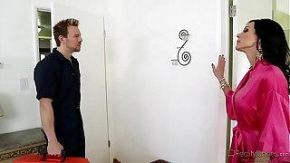 Kendra Prurience Dazzling Milf Unrestricted Have dealings