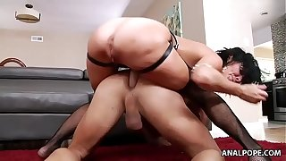 Shove around MILF Veronica Avluv pegging