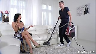 Milf Veronica Avluv nuts wise Be hung up on on touching Faculty Squirting