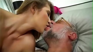 Young Goldigger Entertains their way Sugardady - Give handy  hentai-babes.blogspot.com