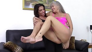 Mommy is tipsy and horny